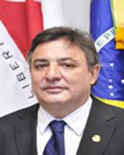Zezé Perrella